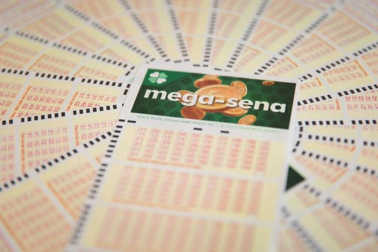 Mega-Sena acumulada pode passar dos 20 milhões nesse sábado