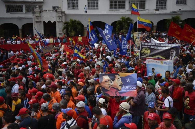 Reconhecido por ONU Guaidó se declara presidente interino da Venezuela