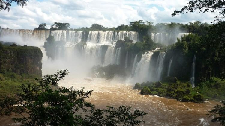 Governador da província de Misiones na Argentina nao quer reabrir suas fronteiras